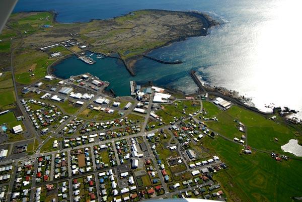 Vilja sjá stórskipabryggju í Grindavík